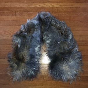 Accessories - Metallic Silver Dyed Fox Scarf